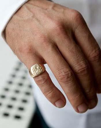 Τα ανδρικά δαχτυλίδια  19c854a3373